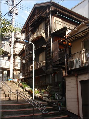 菊坂の街並み